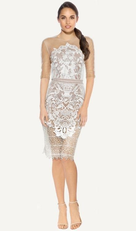Beyaz Dantel Detaylı Elbise